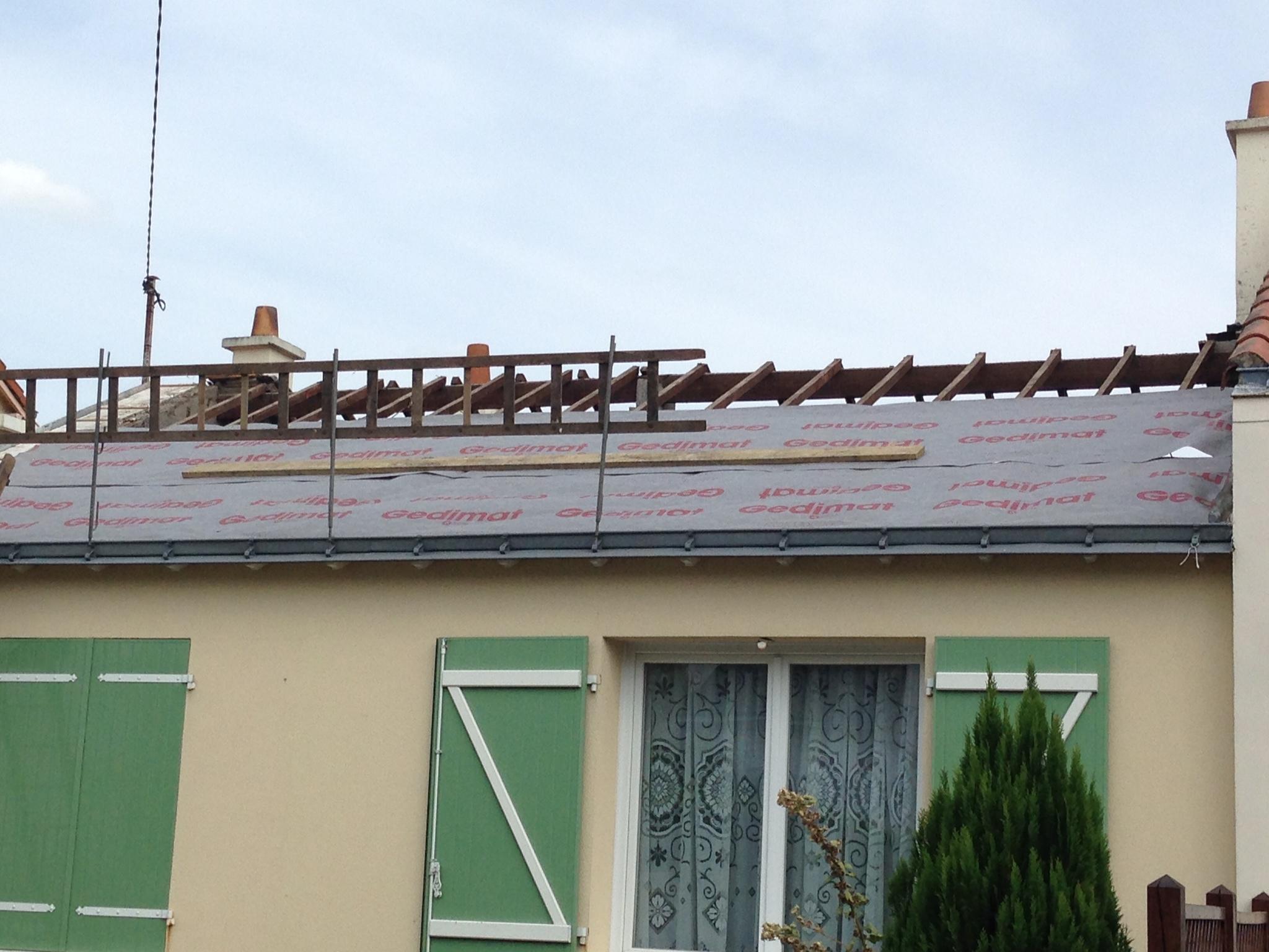 Membrane sous toiture gedimat materiaux bricolage for Materiaux toiture