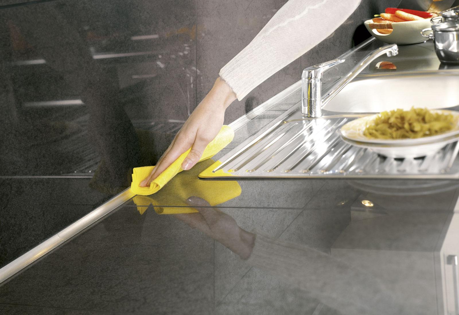 Profil de carrelage gedimat materiaux bricolage for Jonction plan de travail cuisine